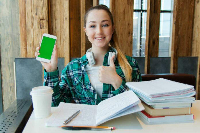 學生創業基金怎麼賺?線上開課幫你完成創業夢想!