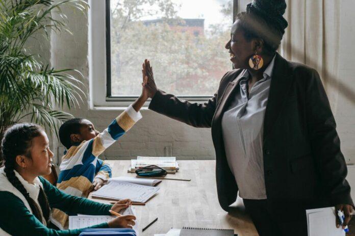 線上教學注意:停課不停學,線上教學師生便利包