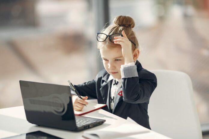 還在自己摸索教學網站架設?從重點下手,馬上開始建立教學網站!