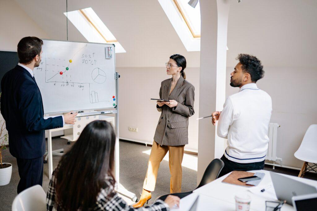 企業訓練課程三大種類,剖析職場上最加分的課程!